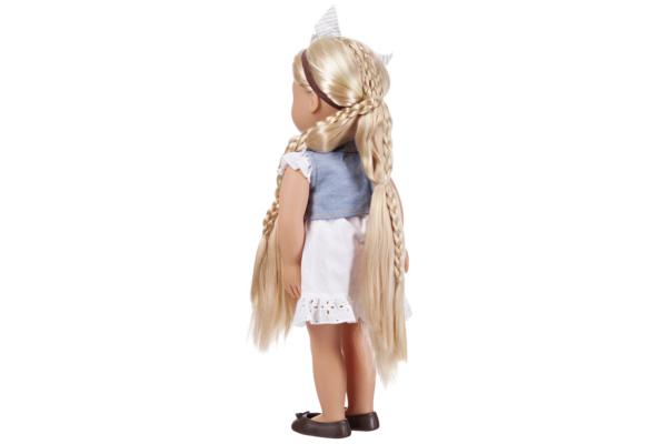 Фиби  с длинными волосами