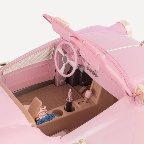 Ретро автомобиль с открытым верхом